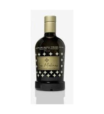 Exquisito aceite de oliva virgen extra de cosecha temprana elaborado con la variedad de aceituna picual.
